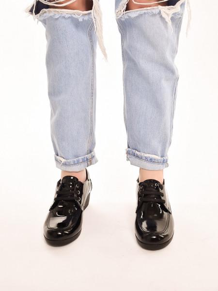 102-09-01 Туфли женские, черный лак, натуральная кожа